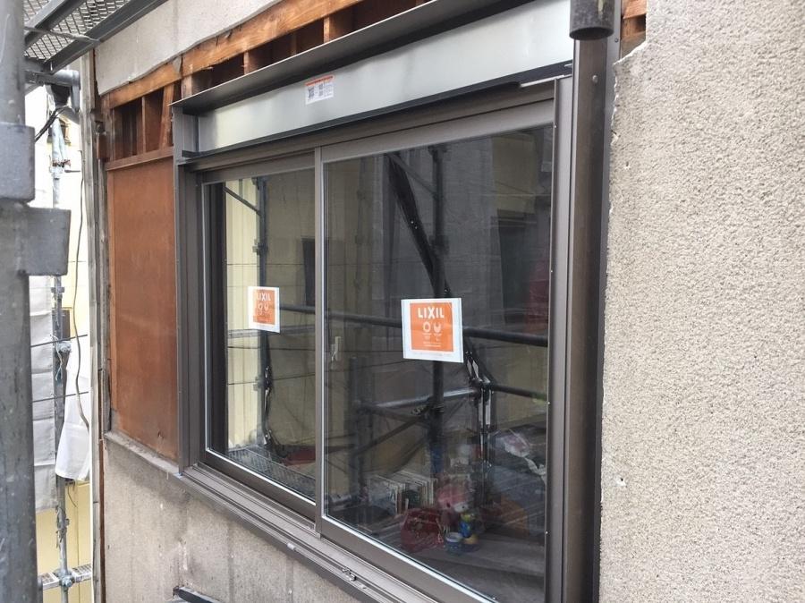1階窓サッシ