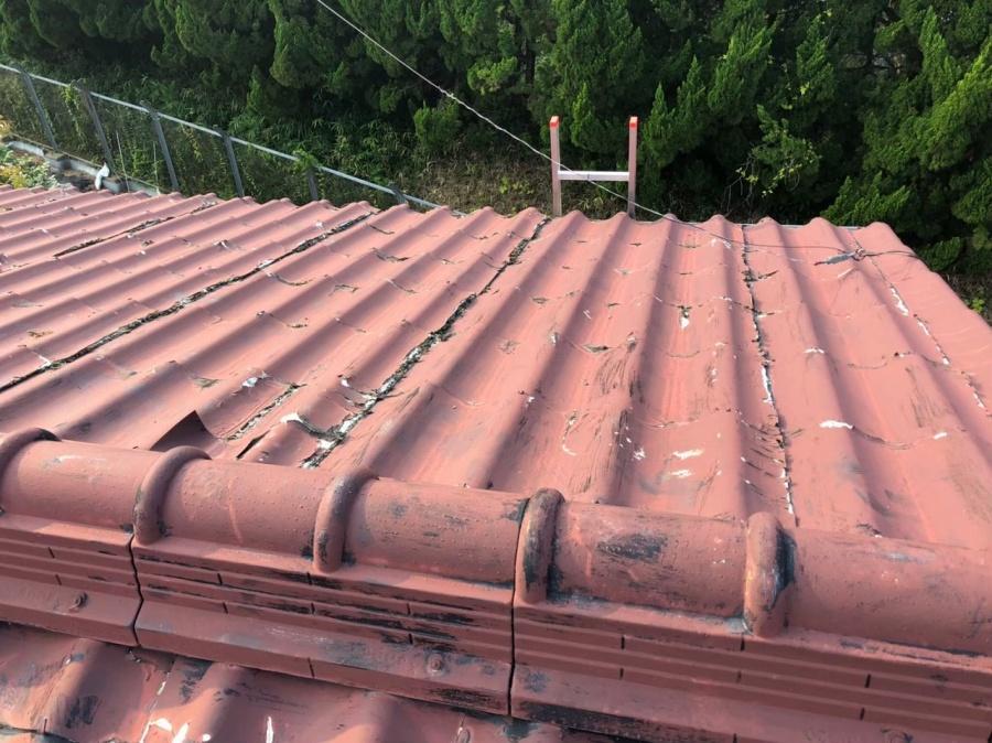 大津市でセキスイU瓦の劣化が進んだ屋根の調査に来ました!!