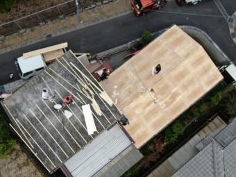 ドローンから屋根工事作業写真
