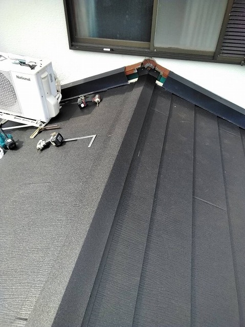 ガルバリウム合板屋根