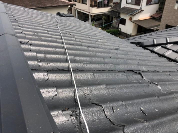 屋根に登って確認