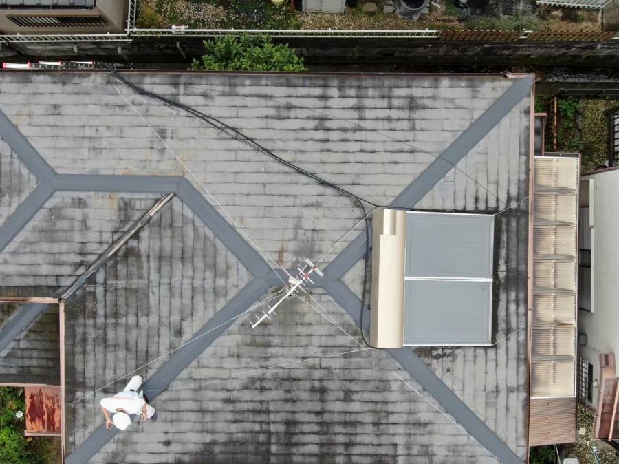 劣化が激しいスレート屋根