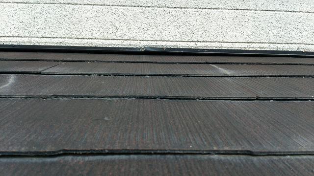屋根の塗装の現場調査
