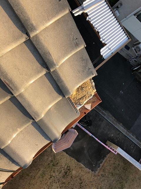 飛んだ屋根瓦