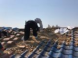 屋根瓦の解体