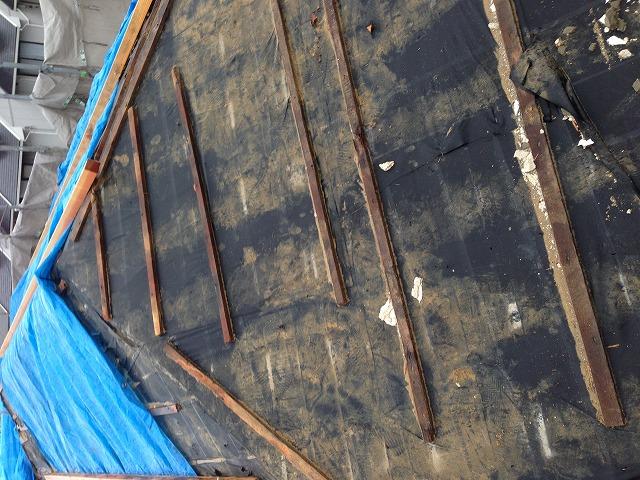劣化した屋根下地
