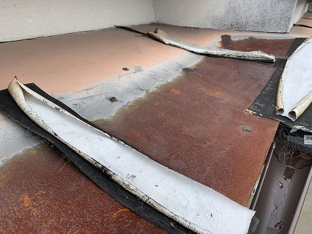 下屋根板金