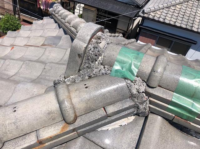 大津市神領で台風被害を受けた瓦屋根の漆喰詰め直しを行いました