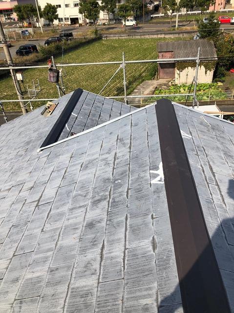 ★大津市大石で経年劣化で雨漏れが起きた天窓板金補修と屋根塗装