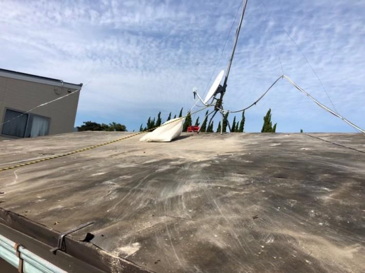 屋根下地野地板