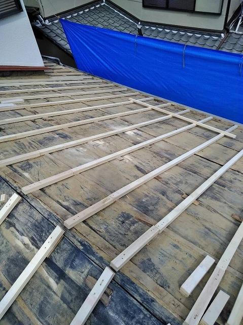 屋根工事下地